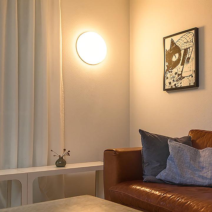 Die Osram - SMART+ Wand- und Deckenleuchte an der Wand