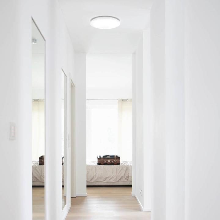 Die Osram - SMART+ Wand- und Deckenleuchte im Flur
