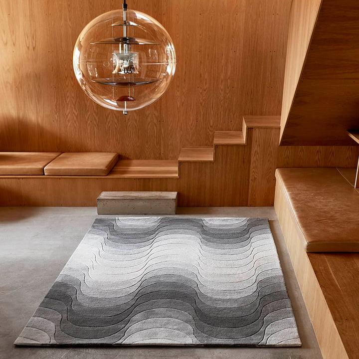 Der Verpan - Wave Teppich stilvoll im Raum platziert
