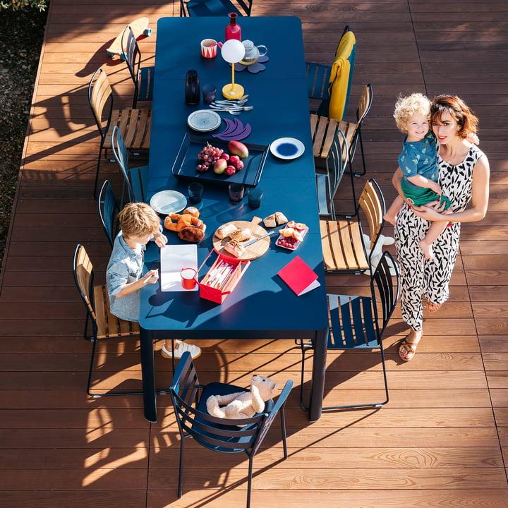 Der Fermob - Surprising Teck Stuhl auf der Terrasse