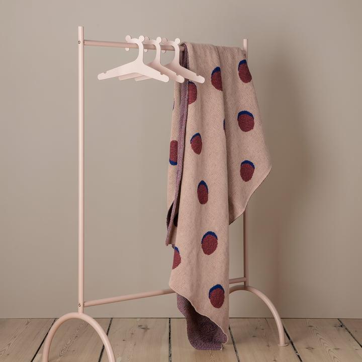 Kinder Kleiderständer und Kleiderbügel von ferm Living