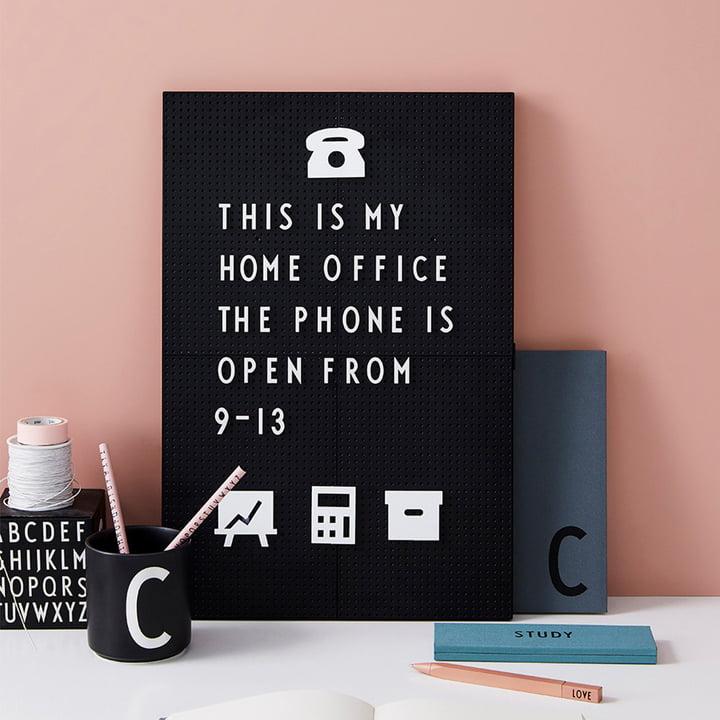 Die Design Letters - Nachrichtentafel