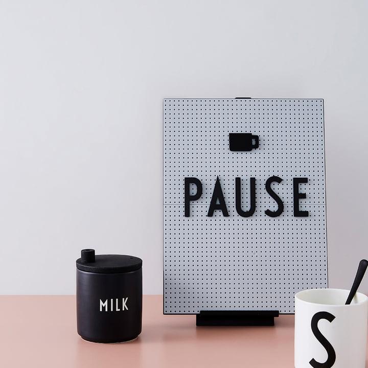 Design Letters - Nachrichtentafel - Icons