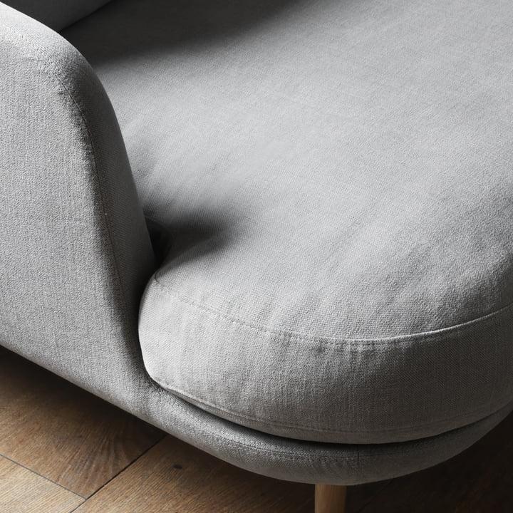 Das Fritz Hansen - Lune Sofa - 2 Sitzer - grau im Detail