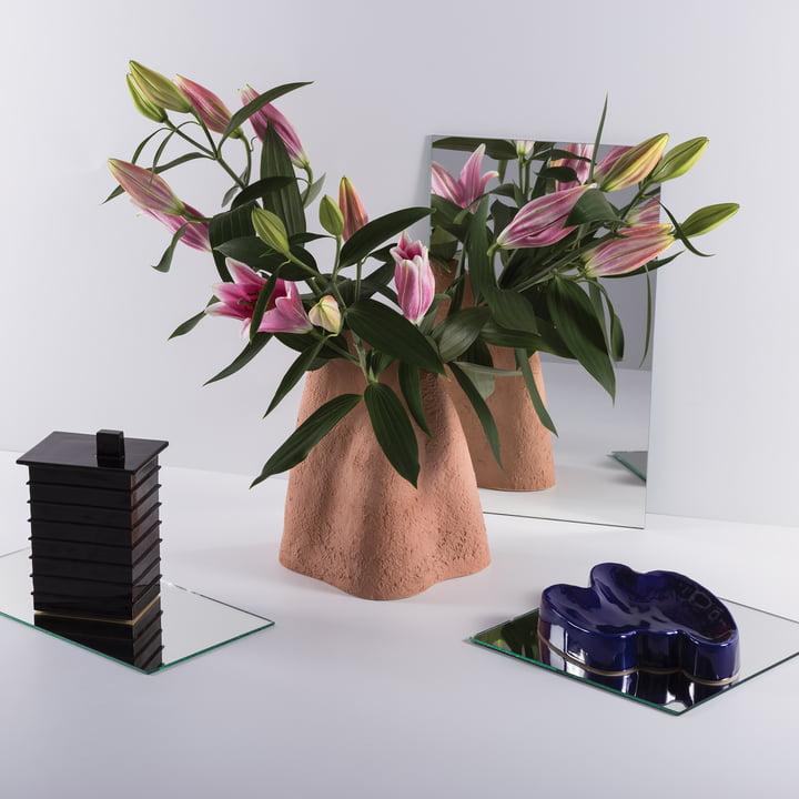 Das Pulpo - Lake Tablett mit Vulcan Blumenvase