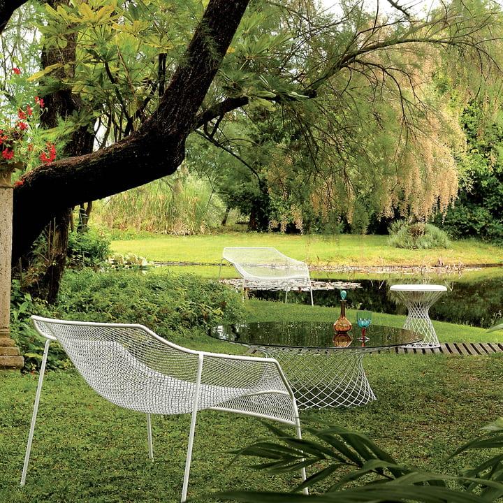 Emu - Heaven Serie, Lounge Sessel und Tisch am See