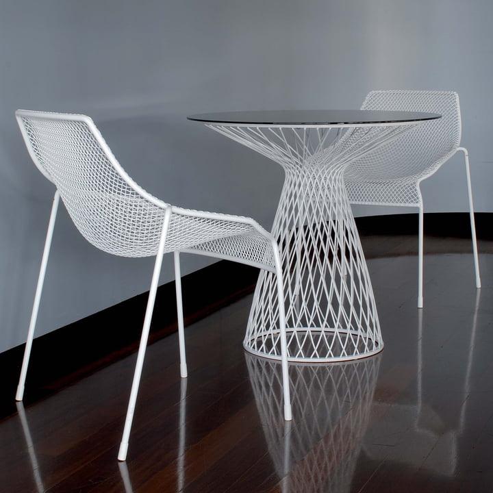 Emu - Heaven, Tisch und Stuhl