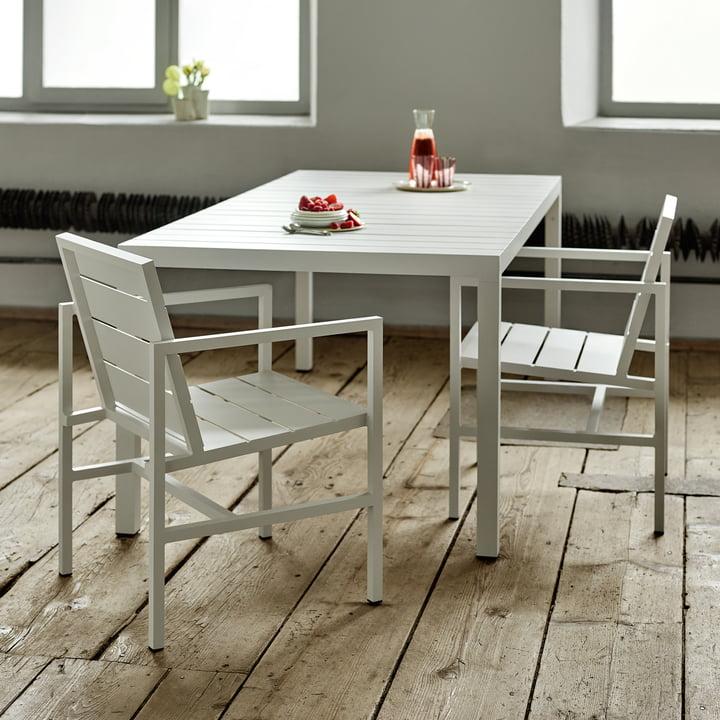 Flow Armlehnstuhl und Tisch von Weishäupl