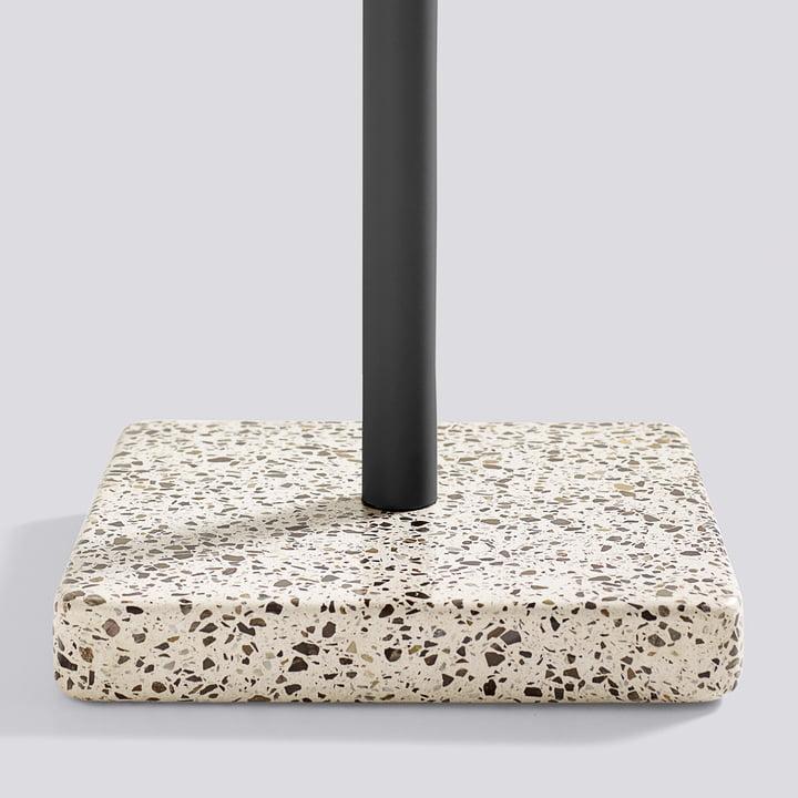 Hay - Terrazzo Tisch, Standfuß schwarz / grau
