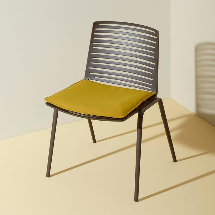 Zebra Stuhl mit Sitz- und Rückenkissen von Fast