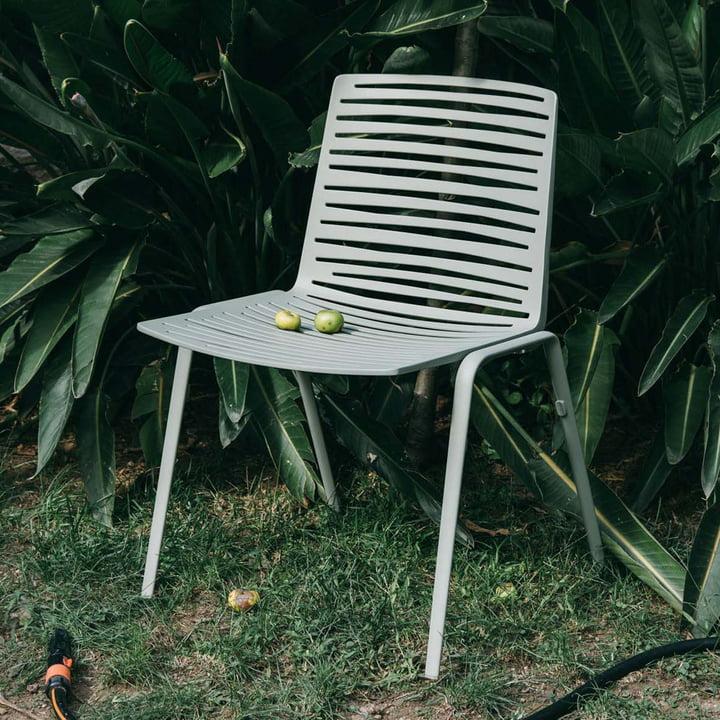 Zebra Stuhl von Fast im Außenbereich