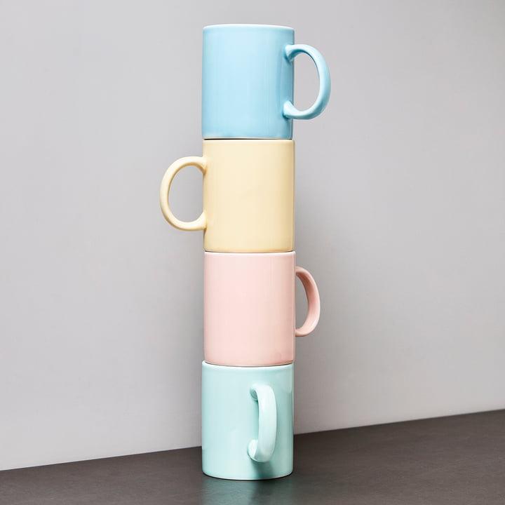 Die Hay - Rainbow Tasse gestapelt in verschiedenen Farben