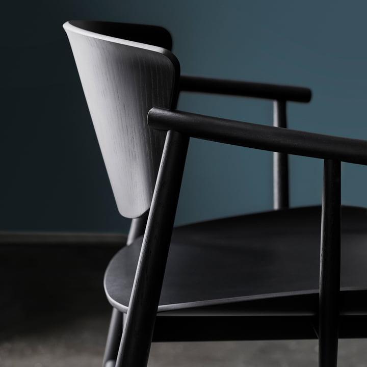 Der Fritz Hansen - N01 Armlehnstuhl in Eiche schwarz gefärbt im Detail