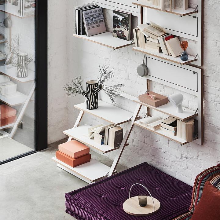 regal richtig dekorieren connox magazine. Black Bedroom Furniture Sets. Home Design Ideas